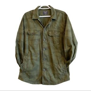 Abercrombie & Fitch green camo utility shirt
